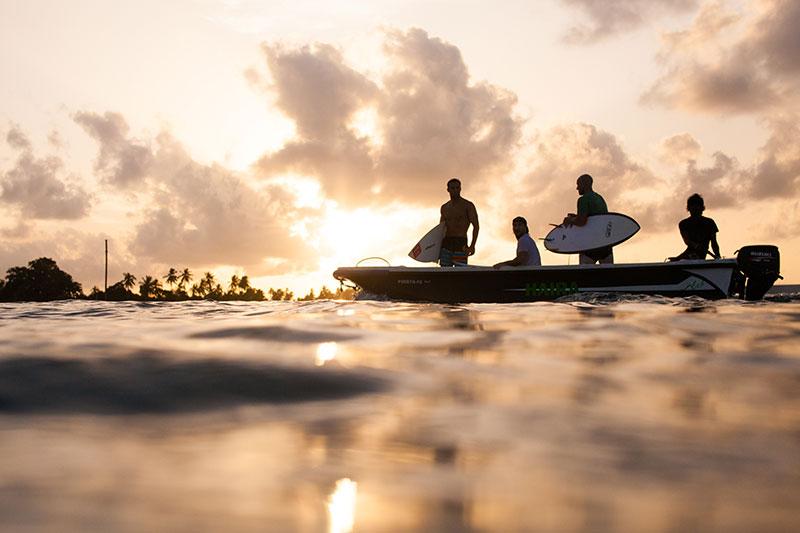 shesurfs.com.au - Mikala Wilbow - lifestyle photographer - Maldives sunset sessions