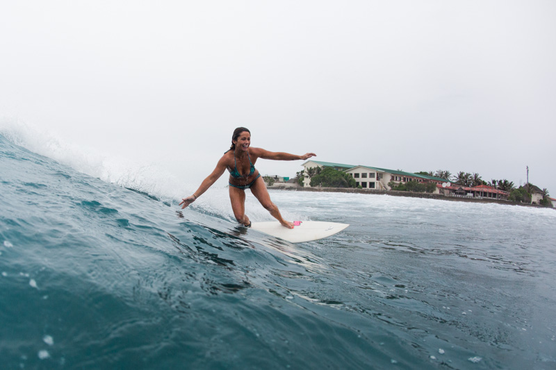 shesurfs.com.au - Mikala Wilbow - lifestyle photographer - surfing Maldives