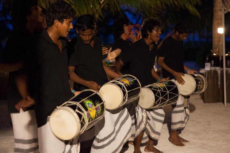 shesurfs.com.au - Mikala Wilbow - lifestyle photographer - Kandooma island night