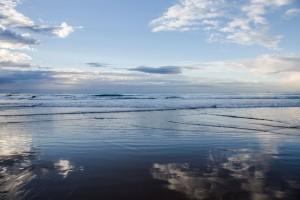 shesurfs.com.au-surf-ocean-art-photography-cloudy-shores
