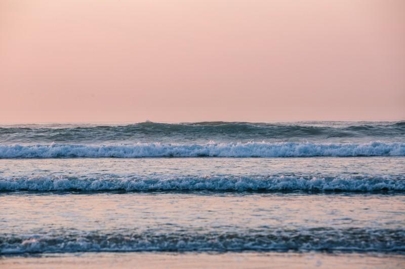 shesurfs.com.au-surf-ocean-art-photography-pink-skies