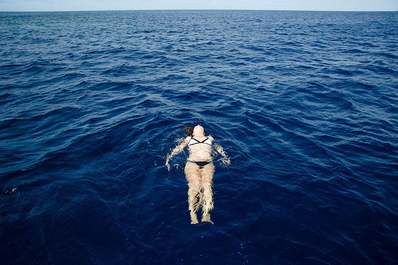 shesurfs.com.au - Mikala Wilbow - lifestyle photographer - fiji girls surf trip - Fiji relaxing