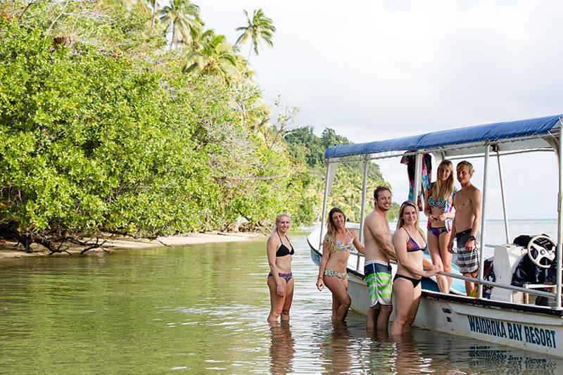 shesurfs.com.au - Mikala Wilbow - lifestyle photographer - fiji girls surf trip - fiji shesurfs trip