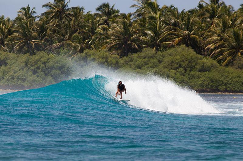 shesurfs.com.au - Mikala Wilbow - lifestyle photographer - Maldives island surf