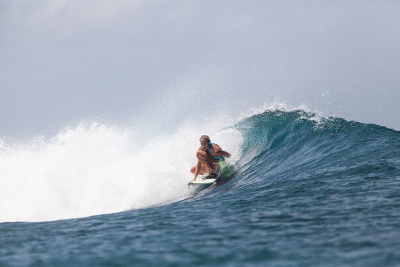 shesurfs.com.au - Mikala Wilbow - lifestyle photographer - Tucky Joes wave