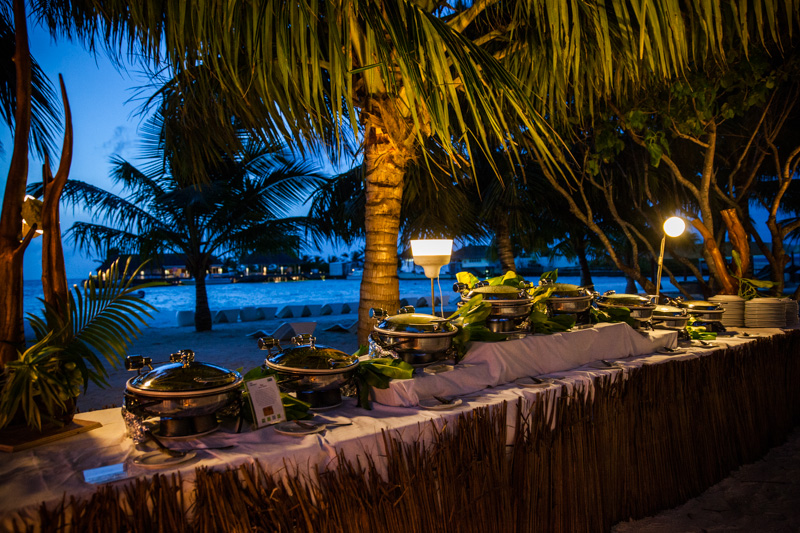 shesurfs.com.au - Mikala Wilbow - lifestyle photographer - Kandooma feast