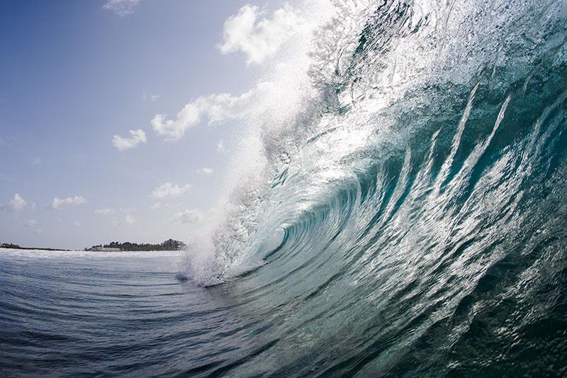 shesurfs.com.au-surf-ocean-art-photography-island-left