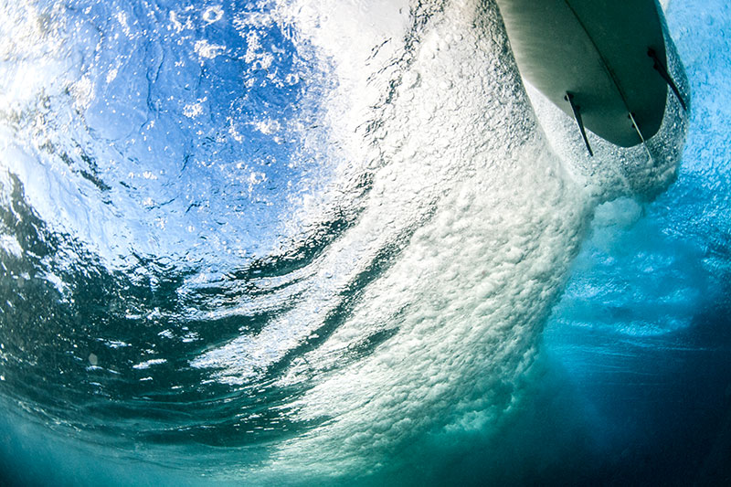 shesurfs.com.au-surf-ocean-art-photography-carve